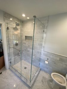 shower with towel bar